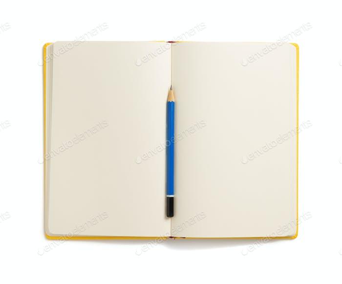 Notizbuch auf weißem Hintergrund