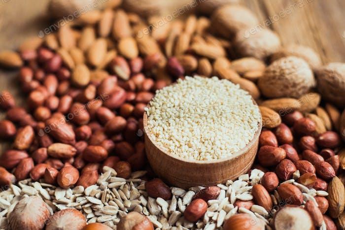 Mix of nuts Almonds, walnuts, peanuts, hazelnuts , sunflower seeds, sesame seeds