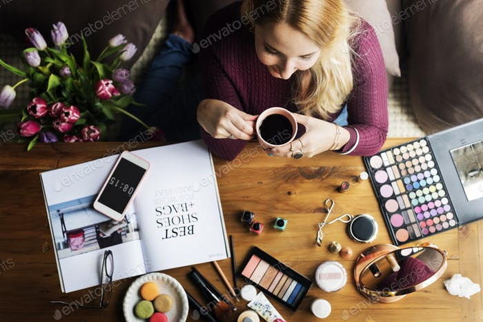 Frau Kosmetik Make-up Beauty Feminine