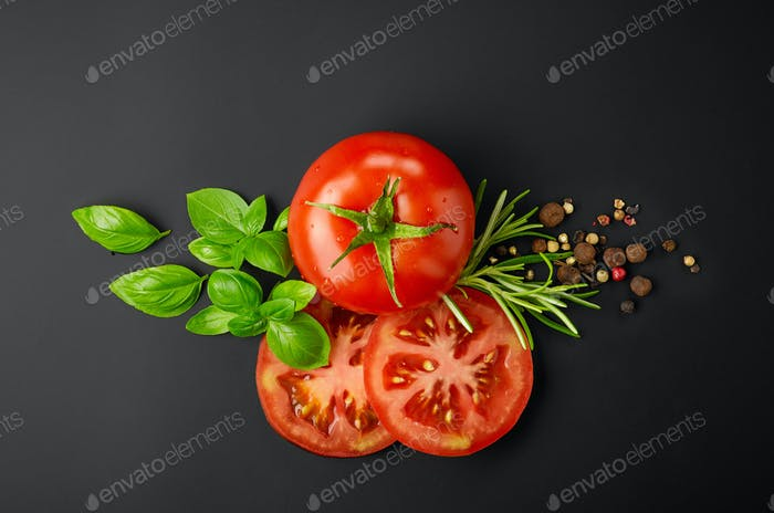 fresh tomatoes and spices