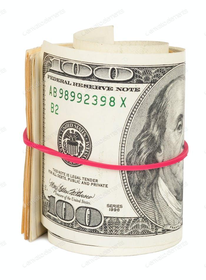Billetes de cien dólares enrollados con goma elástica