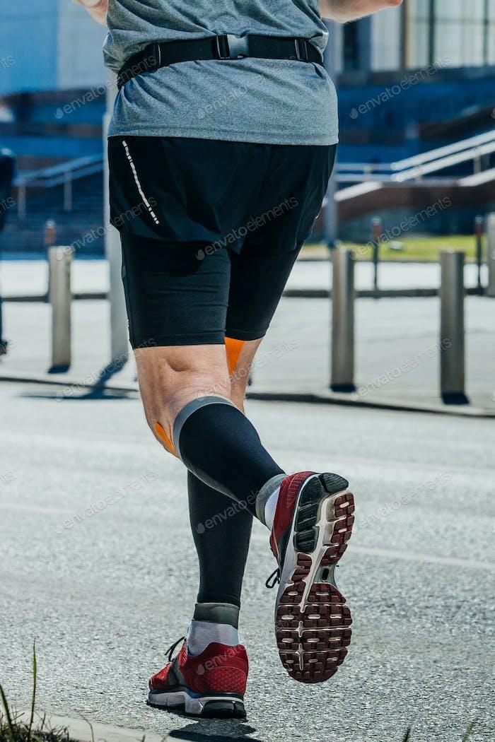 Nahaufnahme der Beine Man Runner