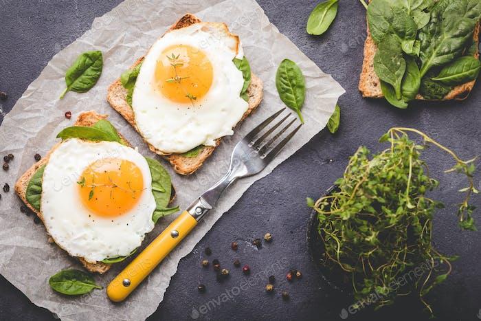 Healthy fried egg sandwich