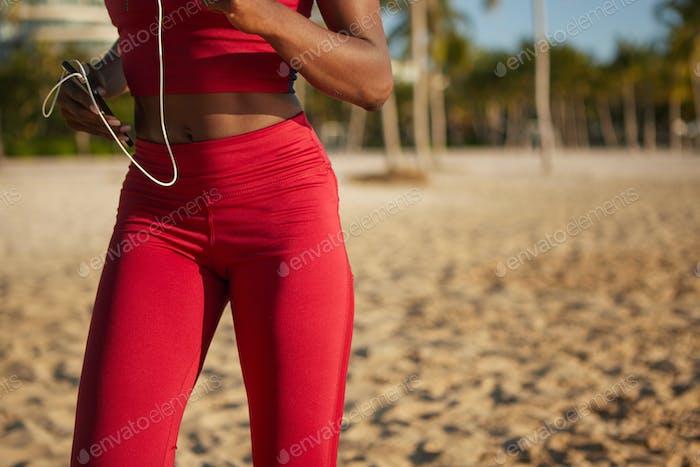 Fit Körper der Sportlerin