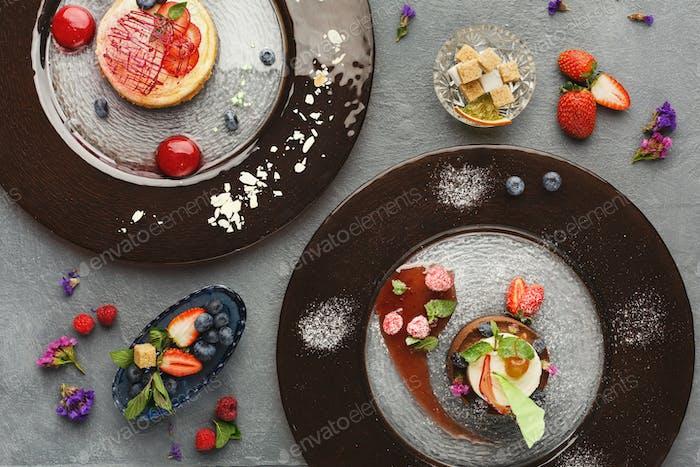 Exklusives Mousse Dessert serviert im Restaurant
