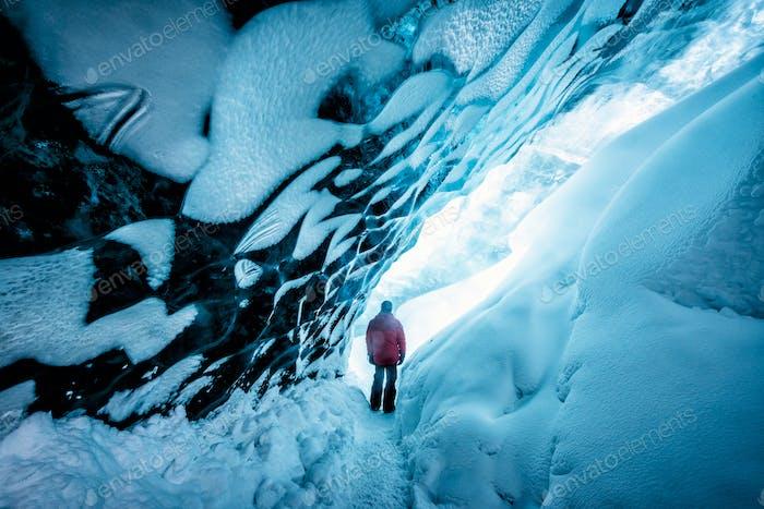 Wanderung in der Eishöhle