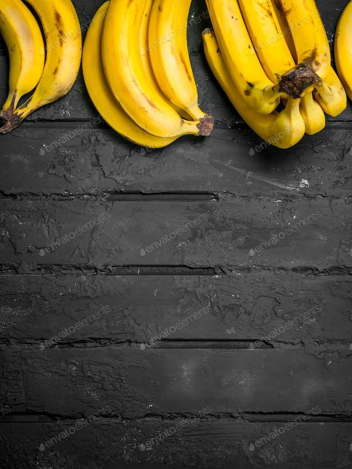 Whole fresh bananas.