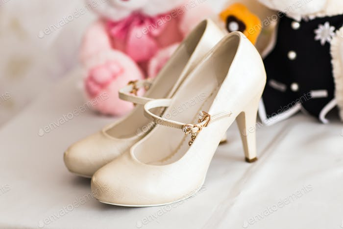 White wedding shoes for women.