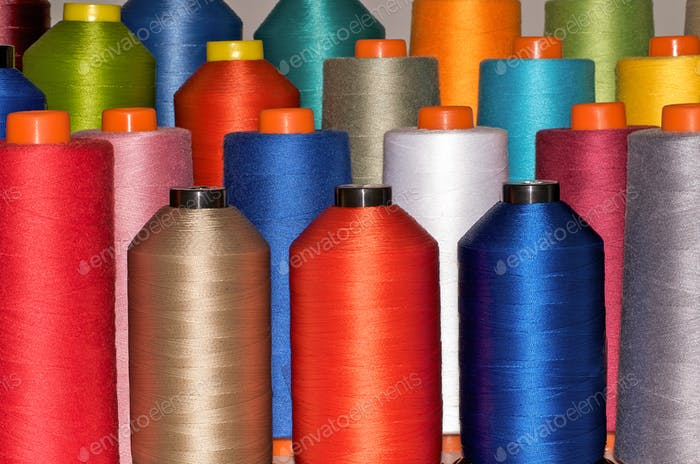 Colour spools in many colours