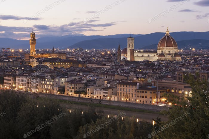 The historic buildings in Florence at dusk.