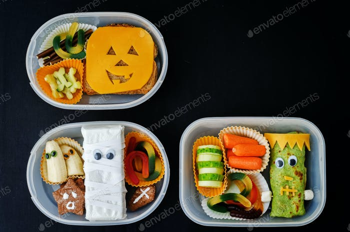 lunch boxes for children in the form of monsters for Halloween