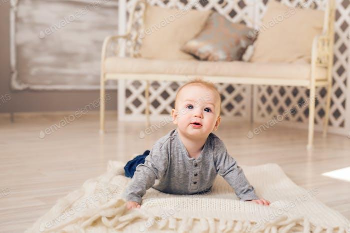 Porträt von kleinen niedlichen baby boy