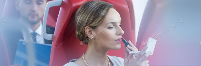 Makeup on the train