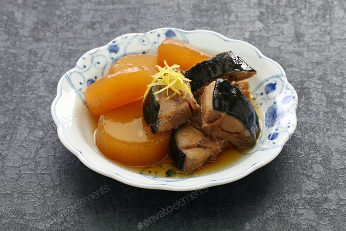 Buri Daikon, Simmered yellowtail fish with japanese radish