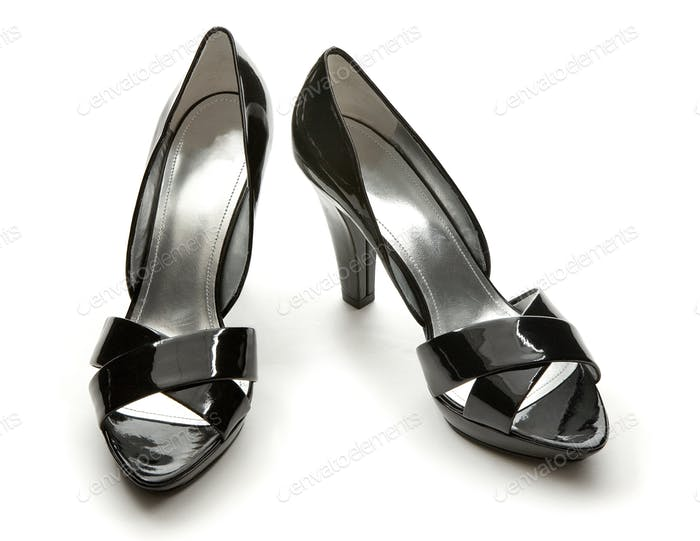 Black patent leather elegant peep toe pumps