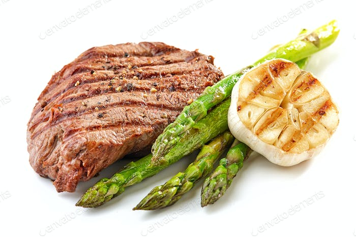 grilled beef fillet steak and vegetables