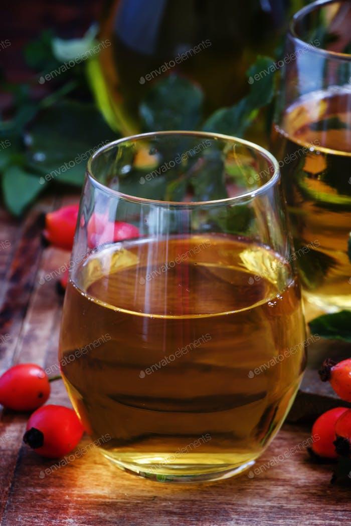 Rosehip drink