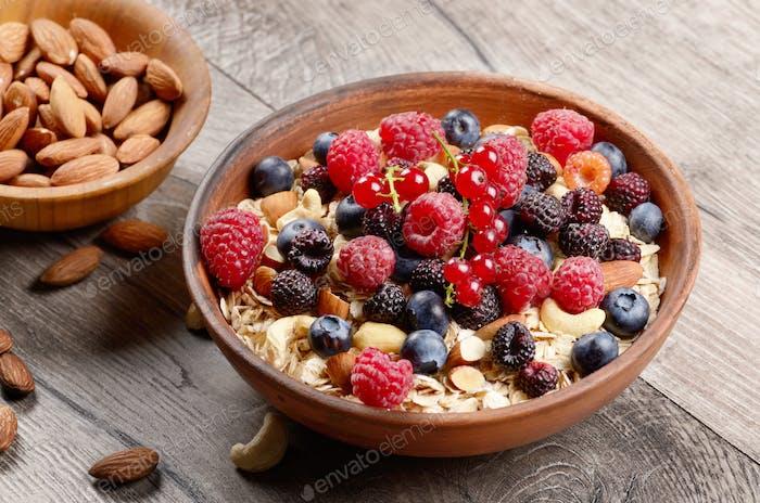 Oats nuts berries