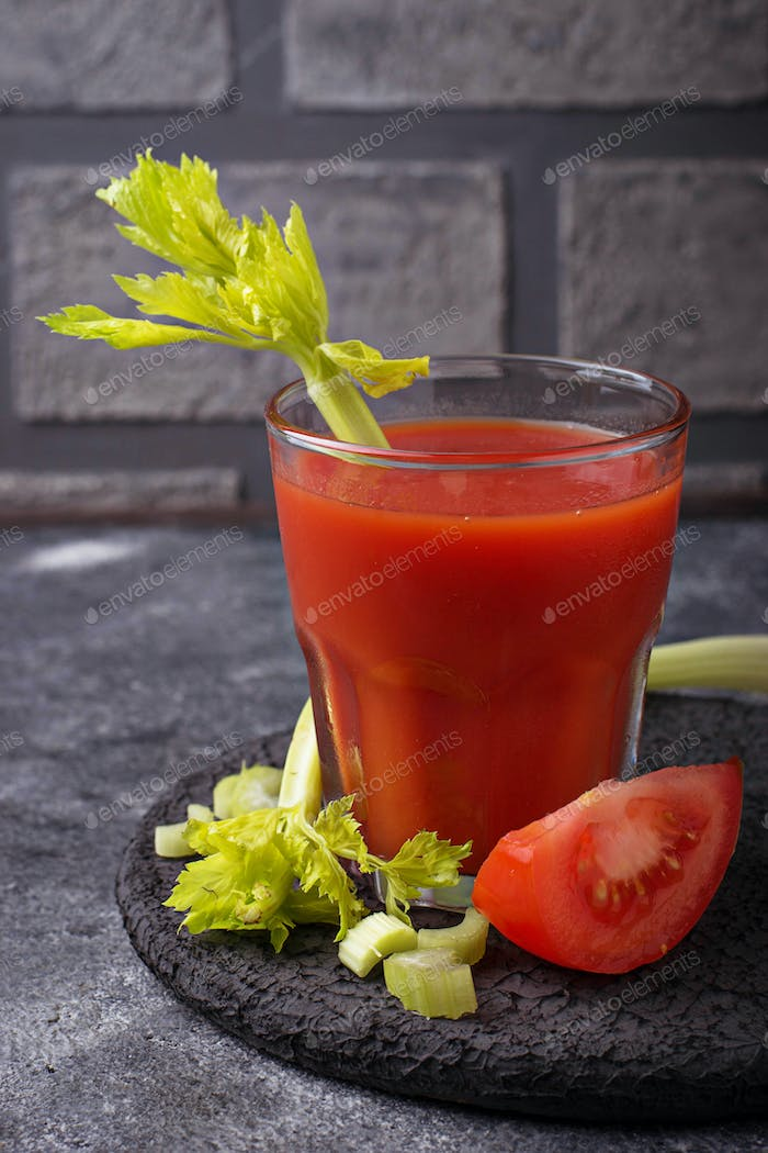 Cocktail Bloody Mary with tomato