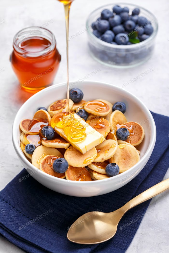 Cereal mini pancakes