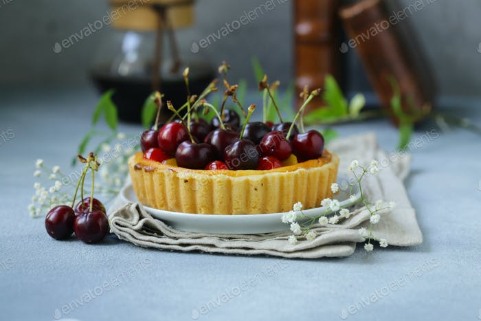 Dessert Mini Tart with Cottage Cheese