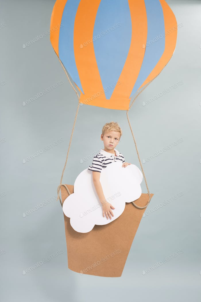 Kid and fantastic balloon flight