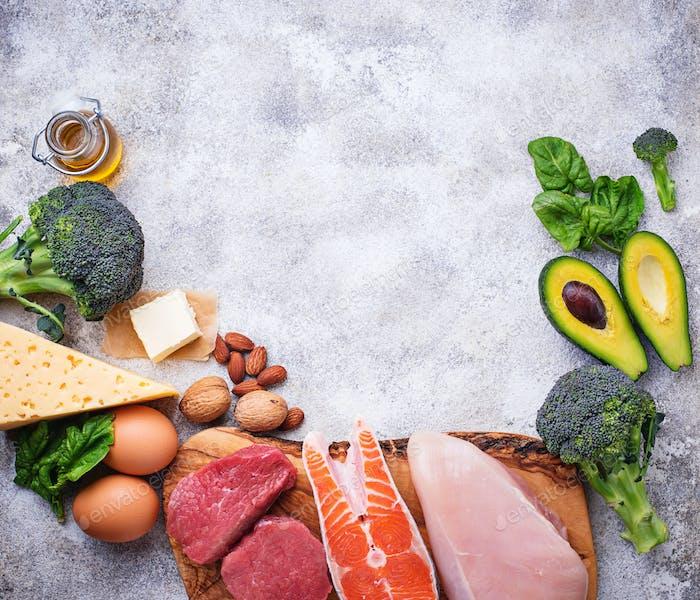 Gesunde kohlenkarbs-Produkte. Ketogene Diät.