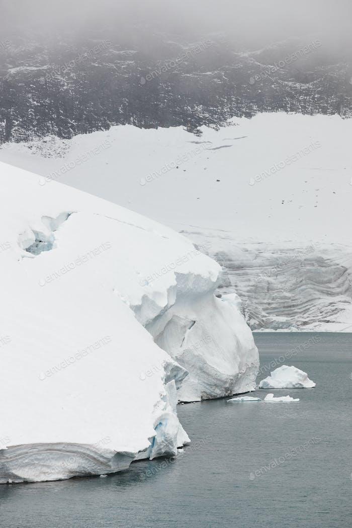 Galdhopiggen glacier. Jotunheimen national park. Route 55. Norwegian winter landscape
