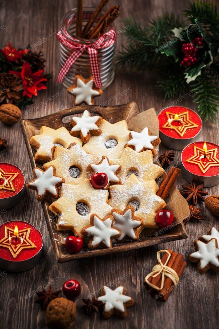 Hausgemachte Kekse für Weihnachten