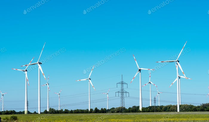 Windräder und Freileitungen in Deutschland