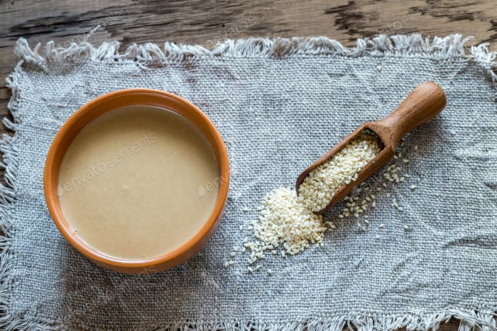 Bowl of tahini with sesame seeds